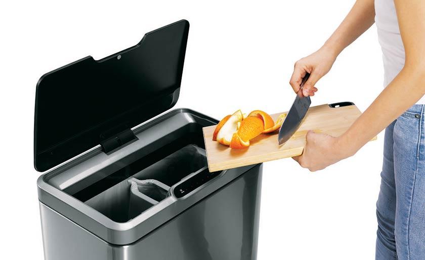 duo-sensor-afvalbak-hygienisch-afval-weggooien